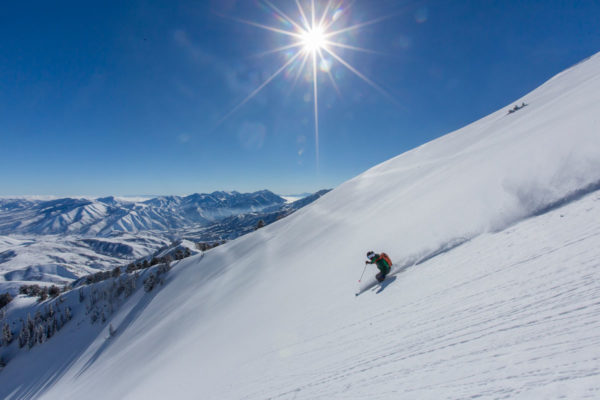 Powderbird-Sanctuary-Heli-Skiing-4